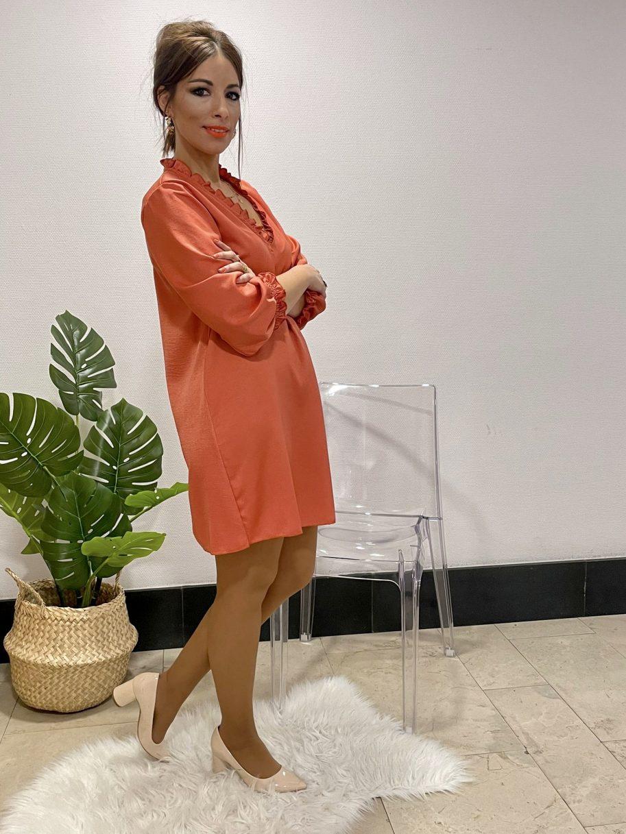 Vestido raso cuello pico media manga coral