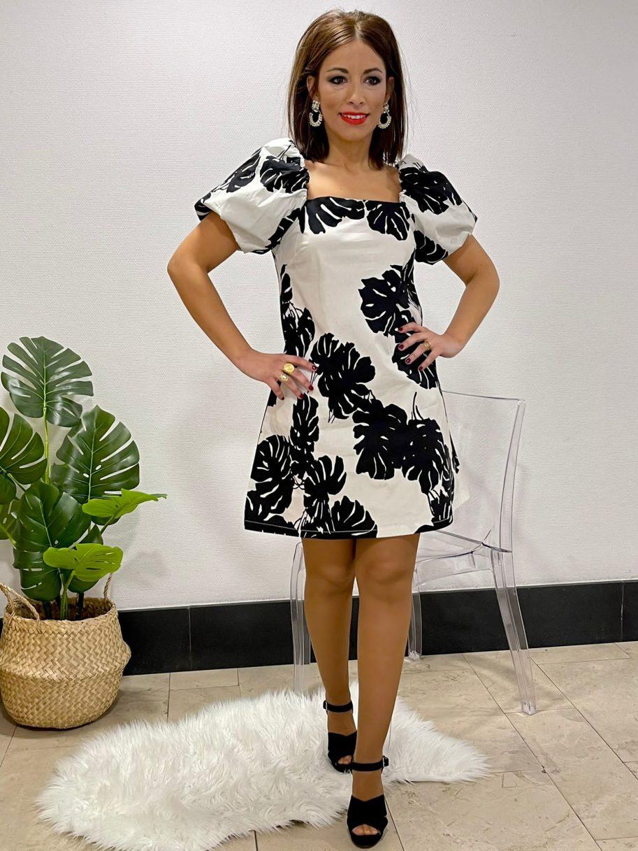 Vestido Negro Flores Manga Farol