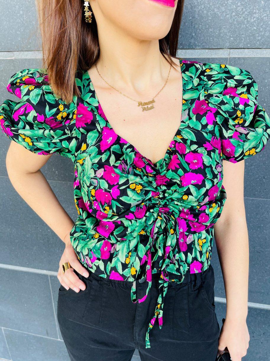Blusa Estampada de Flores y Manga Farol Negra