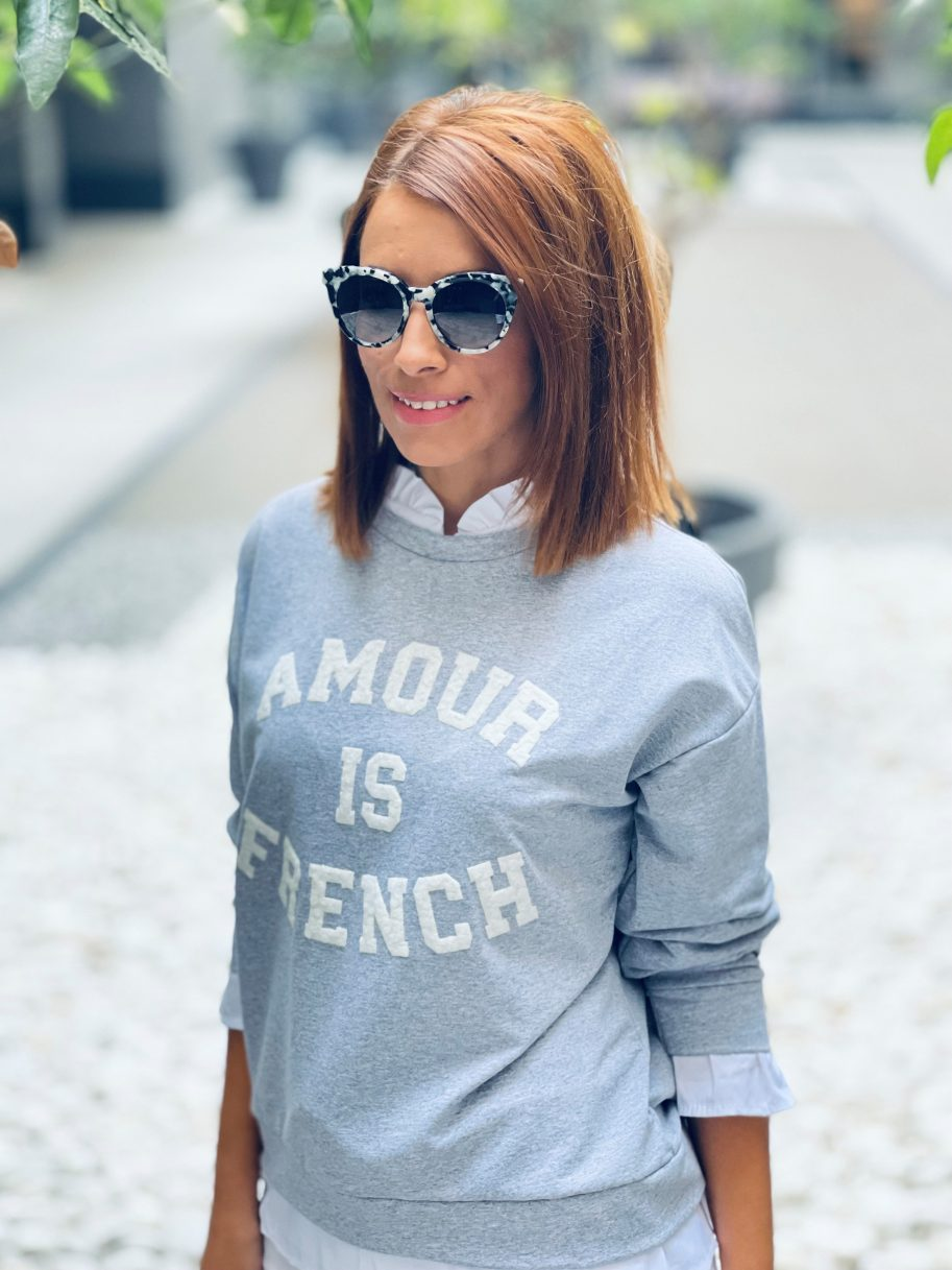 """Sudadera """"Amour is French"""" Gris"""
